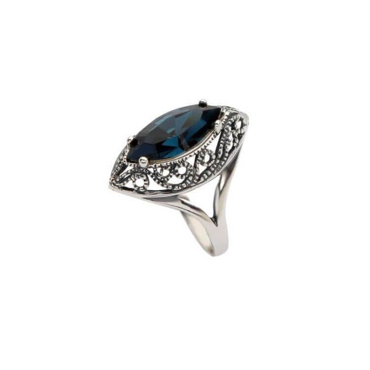 Srebrny pierścionek z kryształami Swarovskiego PK 991 Montana