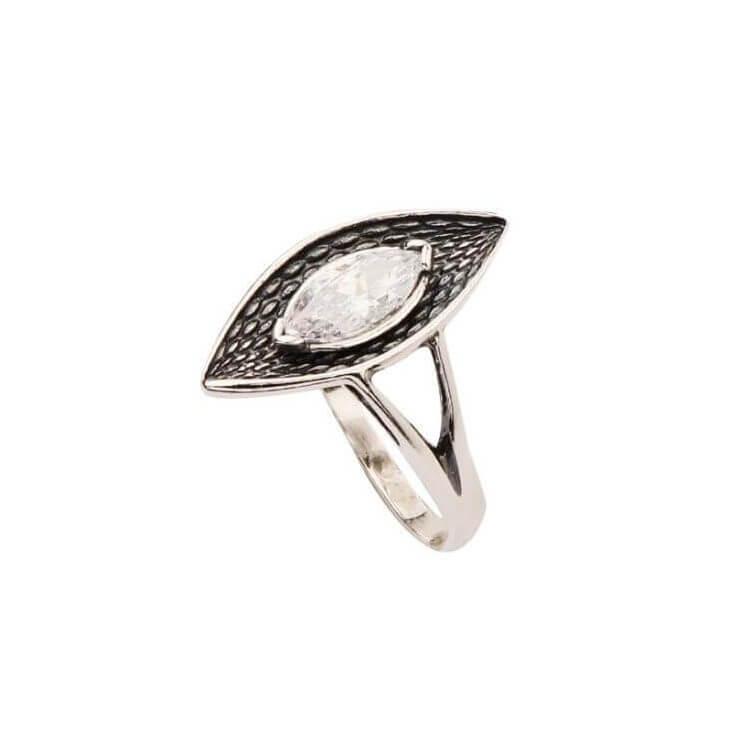 Srebrny pierścionek zdobiony cyrkonią PK 1655