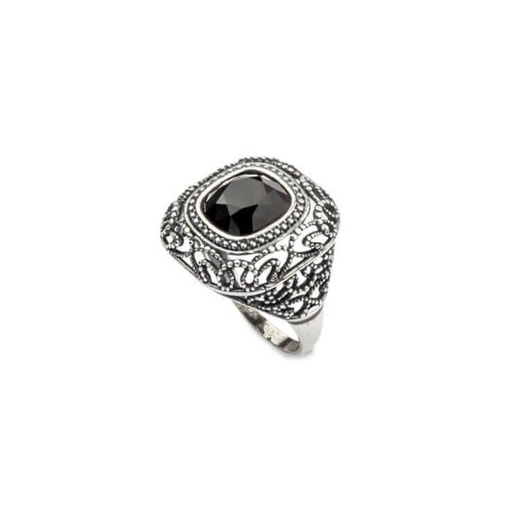 Srebrny pierścionek z kryształami Swarovskiego PK 1814