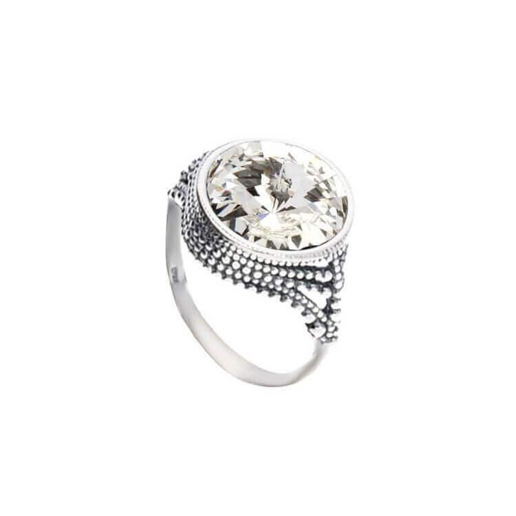 Srebrny pierścionek z kryształami Swarovskiego PK 1682