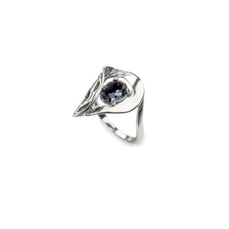 Srebrny pierścionek z kryształami Swarovskiego PK 1772