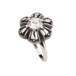 Srebrny pierścionek zdobiony cyrkonią PK 1615